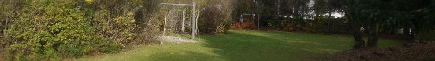 Kindergarten mit riesigem Garten